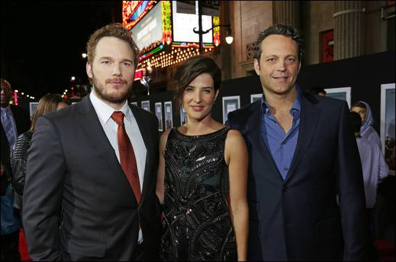 Delivery Man interview with Chris Pratt and Cobie Smulders #deliverymanevent - UtahCouponDeals.com