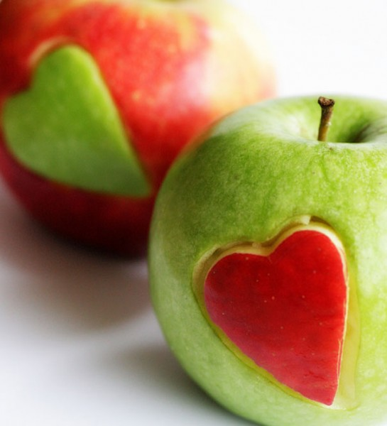 10 Valentine's Day Food & Treats - Apple Heart Cutouts for Valentine's Treats