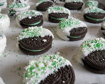 17 St. Patrick's Day Treats {easy, fun, and colorful} - Cool Mint Oreos