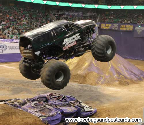 MONSTER JAM 2014 Review - Salt Lake City {February 14-16}