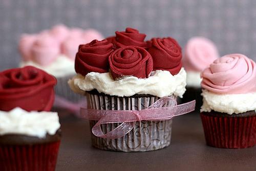 Valentine's Day petite rose cupcake