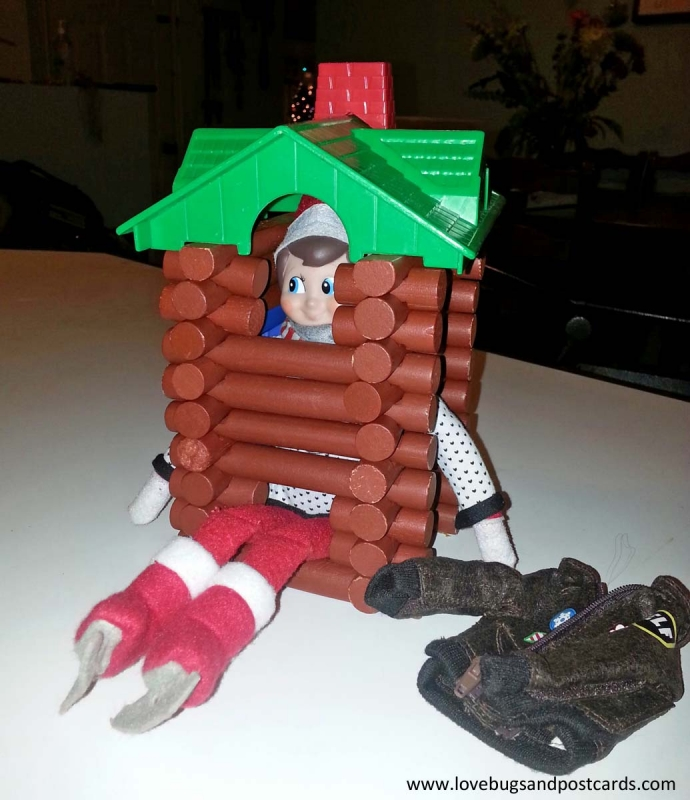 Elf on the Shelf Ideas - Lincoln Log House